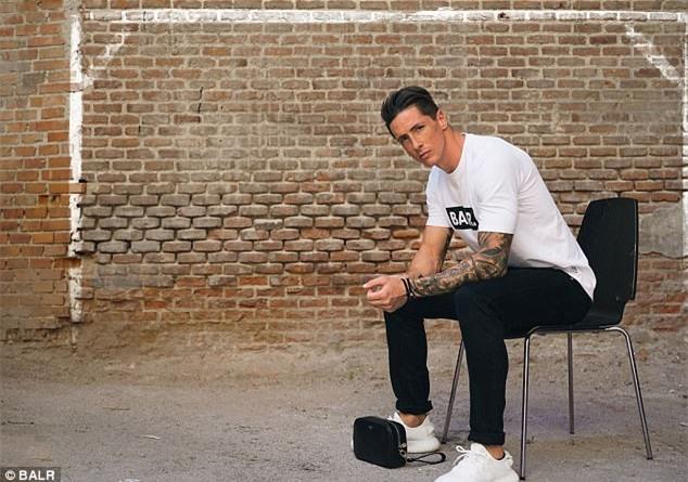 Cận cảnh vẻ đẹp trai nam tính của Fernando Torres khi hóa thân làm người mẫu - Ảnh 2.