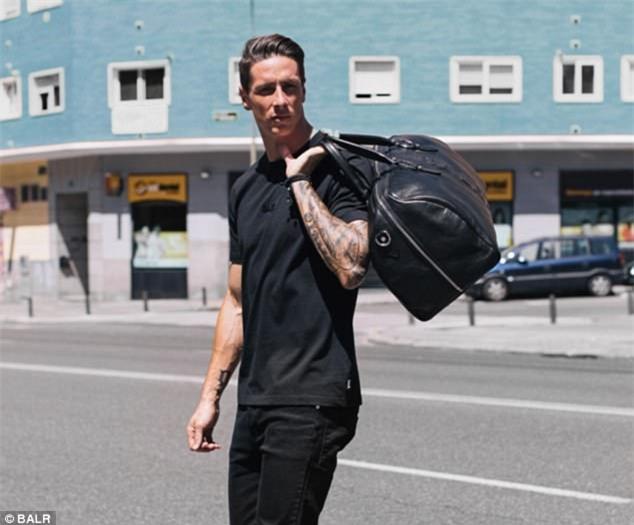 Cận cảnh vẻ đẹp trai nam tính của Fernando Torres khi hóa thân làm người mẫu - Ảnh 4.