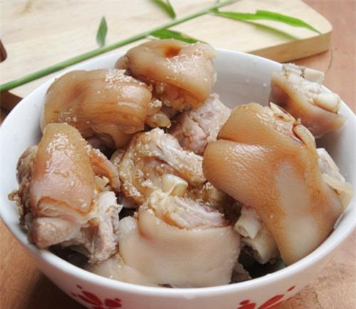 thịt lợn, chất độc hại, phổi, óc, gan, móng giò