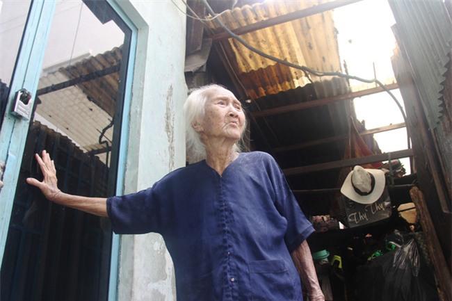 Rơi nước mắt chuyện người mẹ già 91 tuổi có 6 đứa con, cuối đời phải lượm ve chai nuôi con tâm thần - Ảnh 14.