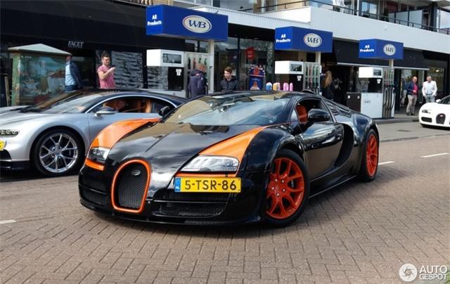 Dàn Bugatti siêu khủng gây náo loạn tại con phố Hà Lan - Ảnh 2.