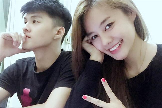 Linh Chi đăng clip đùa giỡn phản cảm, up miếng dán ngực lên mắt Lâm Vinh Hải - Ảnh 4.