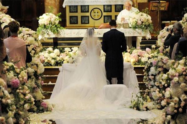 Lễ cưới lung linh của trai đẹp Darmian - Ảnh 5.