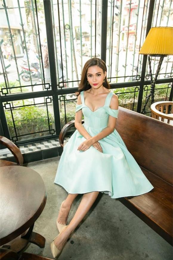 Mâu Thủy, người mẫu Mâu Thủy, Hoa hậu Hoàn vũ
