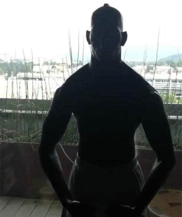 Balotelli chấp nhận Thử thách Mayweather theo cách rất... Balotelli - Ảnh 3.