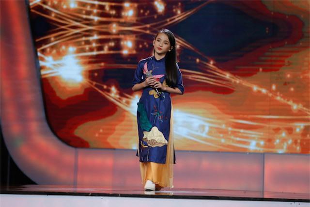 Xuất hiện bé 12 tuổi xinh xắn khiến Văn Hương phải gọi là thần đồng của Idol Kids - Ảnh 3.