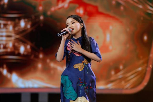 Xuất hiện bé 12 tuổi xinh xắn khiến Văn Hương phải gọi là thần đồng của Idol Kids - Ảnh 4.