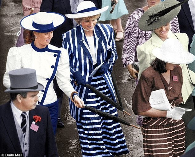 Công nương Diana từng bị chồng chê thẳng thừng, so sánh với em dâu, bị Nữ hoàng coi nàng như mối họa - Ảnh 4.