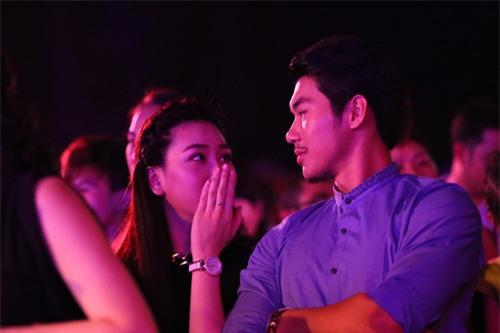 Trước khi bị đá vì trăng hoa, Trương Nam Thành từng mặn nồng với bạn gái hơn tuổi đến mức này - Ảnh 11.