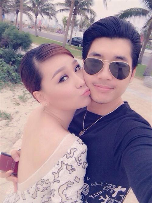 Trước khi bị đá vì trăng hoa, Trương Nam Thành từng mặn nồng với bạn gái hơn tuổi đến mức này - Ảnh 15.