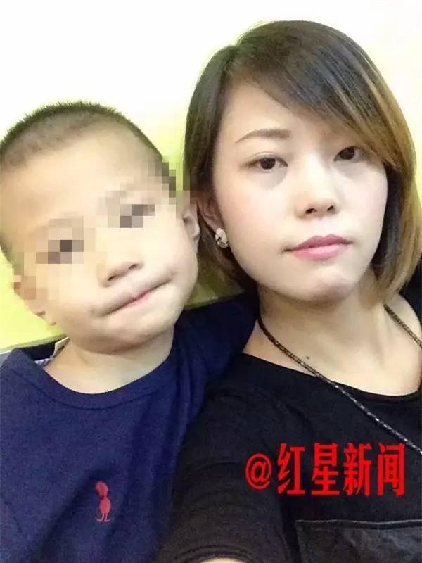 Đến thăm con, mẹ chết lặng khi phát hiện con trai bị vợ hai của chồng đánh đập thậm tệ - Ảnh 4.