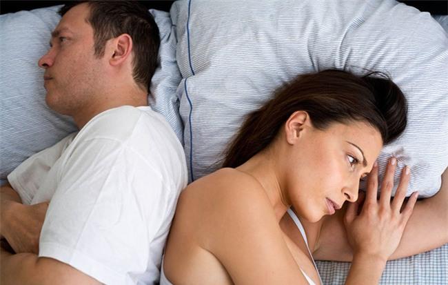 Tự sự thật như đếm của cặp vợ chồng xong chuyện ấy là mỗi người lại về phòng riêng - Ảnh 1.