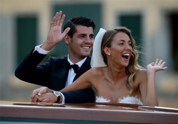 Morata đi thuyền trong lễ cưới đẹp như cổ tích ở Venice - Ảnh 7.