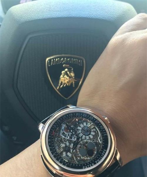 Anh em ghen tị Cường Đôla vì loạt đồng hồ đắt đỏ hơn cả siêu xe - 3