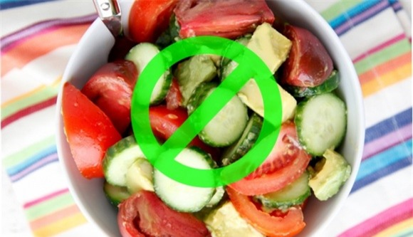 dưa chuột, cà chua, ăn dưa chuột cùng cà chua, kết hợp cà chua và dưa chuột, thực phẩm kị nhau