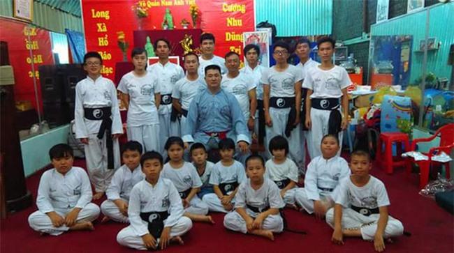 Nhân chứng mới bóc mẽ võ công thật của Chưởng môn Nam Huỳnh Đạo - Ảnh 1.