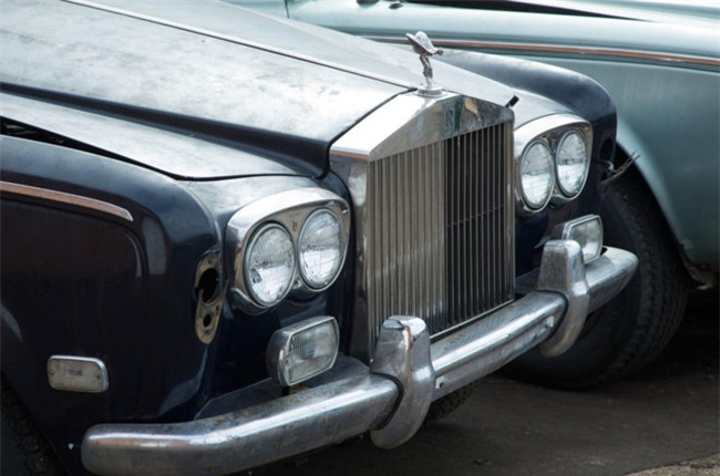 Nghia trang xe sieu sang Rolls-Royce va Bentley lon nhat the gioi hinh anh 10