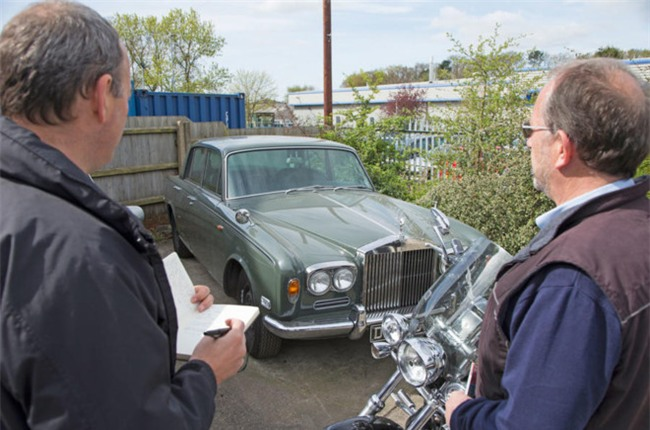 Nghia trang xe sieu sang Rolls-Royce va Bentley lon nhat the gioi hinh anh 9