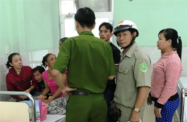 Lực lượng Công an có mặt tại bệnh viện Hoàn Hảo để làm rõ vụ việc.