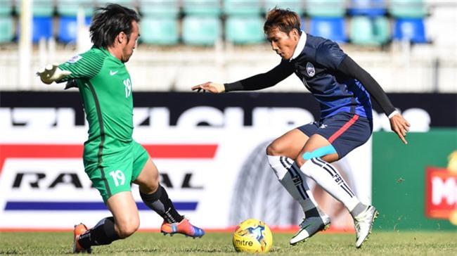 'Messi' Campuchia ham mo Cong Vinh, muon ghi ban vao luoi DTVN hinh anh 1
