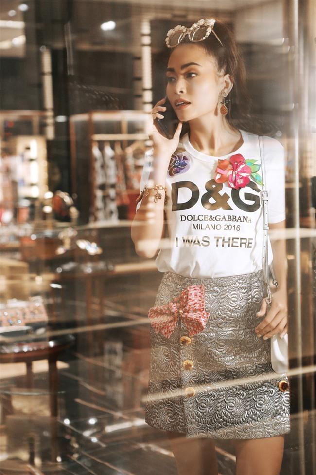 Chỉ là áo phông thôi mà sao Việt cũng chịu chi đến cả chục triệu đồng - Ảnh 15.