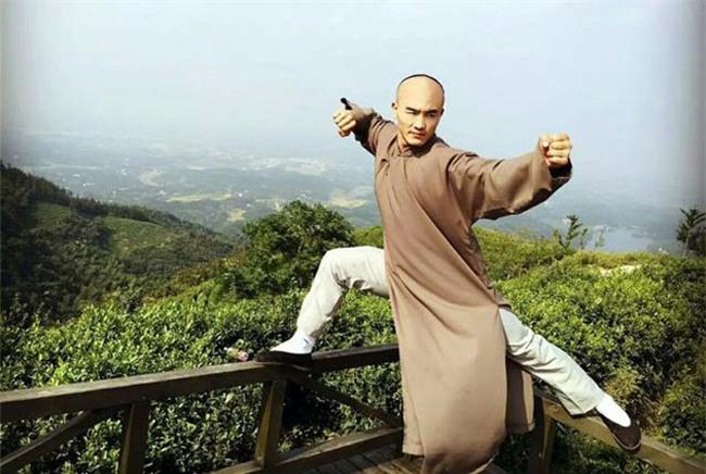 MMA, Từ Hiểu Đông đấu ông già 65 tuổi: Thắng, thua đều bẽ mặt - 2