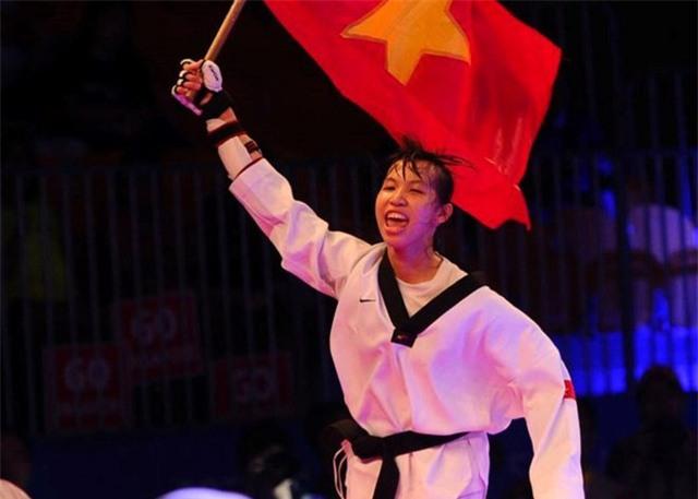 Taekwondo Việt Nam lần đầu tiên giành huy chương bạc thế giới - Ảnh 1.