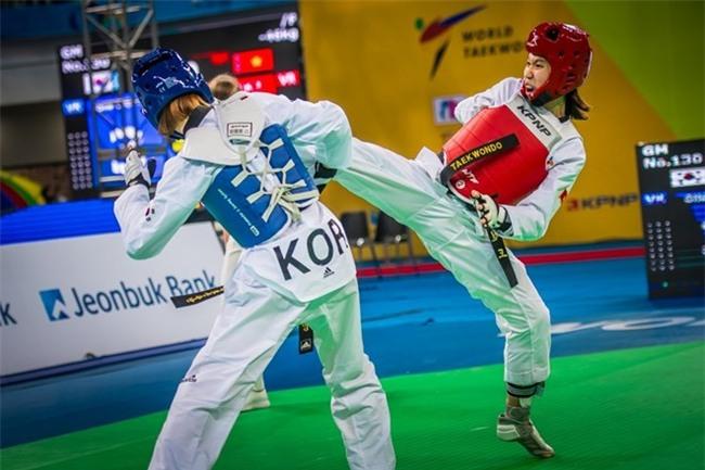 Taekwondo Việt Nam lần đầu tiên giành huy chương bạc thế giới - Ảnh 2.