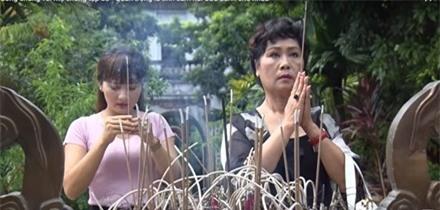 """""""Sống chung với mẹ chồng"""" tập 33: Vân sợ mất khả năng sinh con, mẹ Sơn trấn an ảnh 1"""