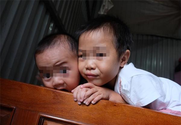 Bà mẹ từng bắt con 3 tuổi trần truồng đứng dưới mưa: Tôi muốn cho con để gia đình khác nuôi cho chúng đỡ khổ - Ảnh 7.
