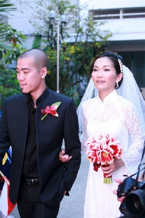 4 cuộc hôn nhân chóng vánh đến không ngờ của showbiz Việt - 4