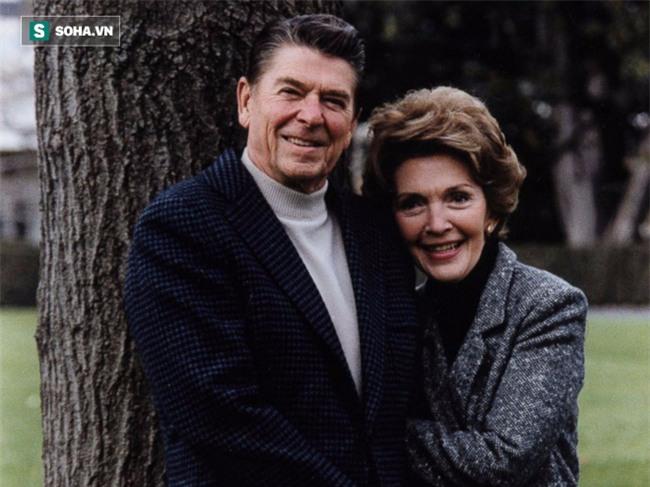 Bị ung thư, cựu Đệ nhất phu nhân Mỹ vẫn sống khoẻ gần 30 năm nhờ một quyết định đúng - Ảnh 2.