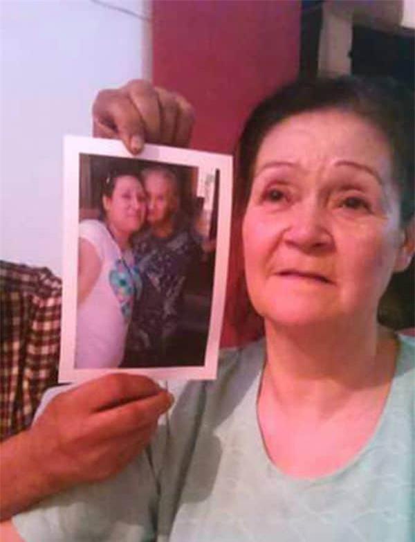 Sống với nỗi buồn mất mẹ, ngày gặp lại, người con gái phát hiện sự thật khủng khiếp được chôn giấu suốt 54 năm - Ảnh 4.