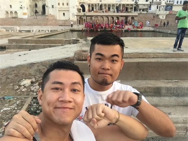 Chuyện tình vượt biên giới của 2 chàng trai: 10 tháng yêu nhau và 27 thành phố - Ảnh 8.