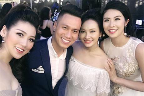 """Ảnh hậu trường của Bảo Thanh, Việt Anh gây nghi ngại """"phim giả tình thật"""" - 5"""