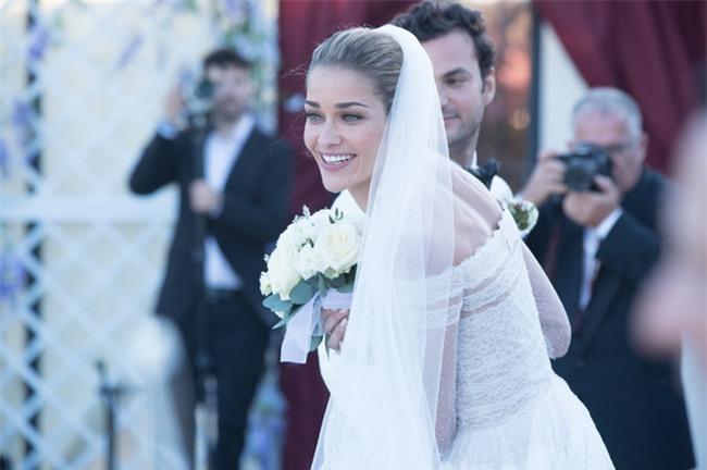 Bữa tiệc kiều nữ - đại gia ai cũng xinh như hoa hậu và sang chảnh tuyệt đối ở đám cưới thực mà như mơ - Ảnh 10.