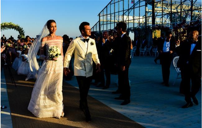 Bữa tiệc kiều nữ - đại gia ai cũng xinh như hoa hậu và sang chảnh tuyệt đối ở đám cưới thực mà như mơ - Ảnh 5.