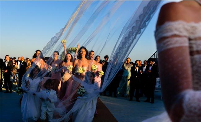 Bữa tiệc kiều nữ - đại gia ai cũng xinh như hoa hậu và sang chảnh tuyệt đối ở đám cưới thực mà như mơ - Ảnh 9.