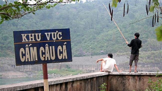 """ngo ngang voi nhung ke """"cang cam cang lam"""" hinh anh 2"""