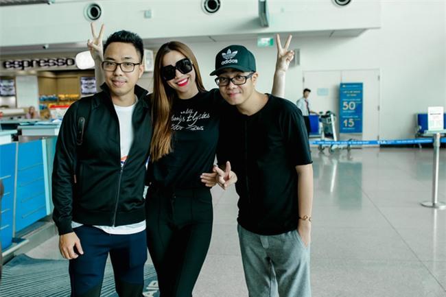 Hồ Ngọc Hà âu yếm Subeo, cùng cả gia đình đi lưu diễn tại Mỹ - Ảnh 10.