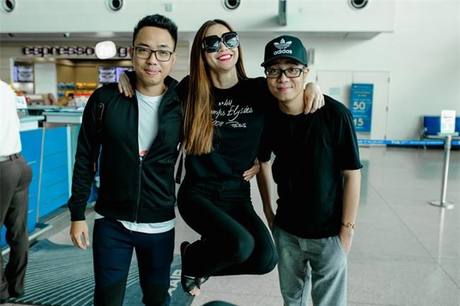 Hồ Ngọc Hà âu yếm Subeo, cùng cả gia đình đi lưu diễn tại Mỹ - Ảnh 11.