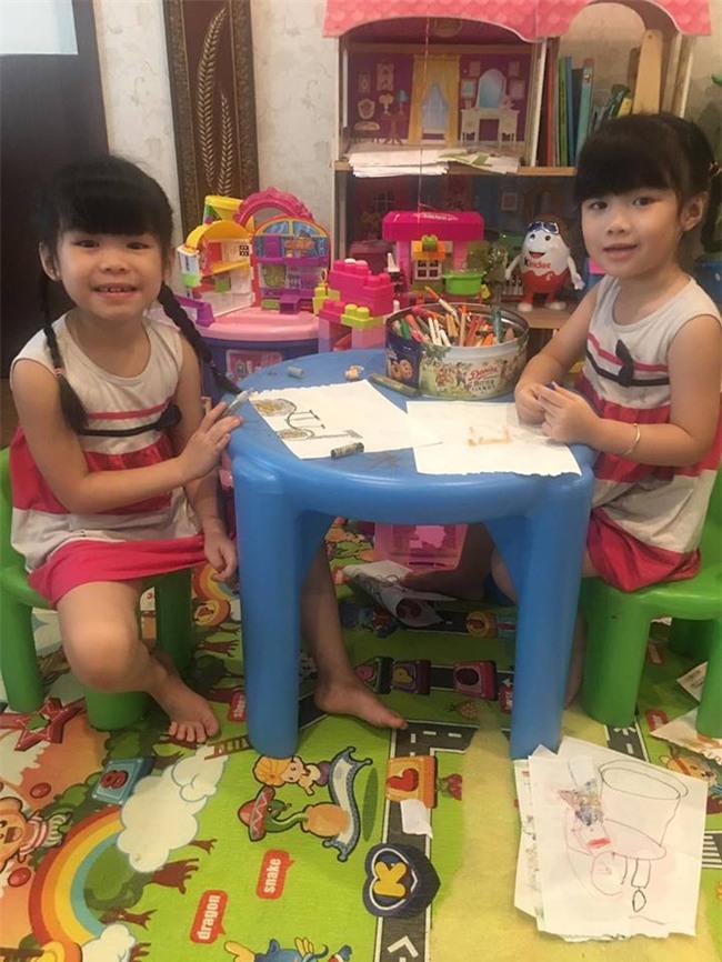 Miu - cô bé siêu ngoại ngữ của Biệt tài tí hon thu hút nghìn like trong clip hát tiếng Anh cùng em gái - Ảnh 2.