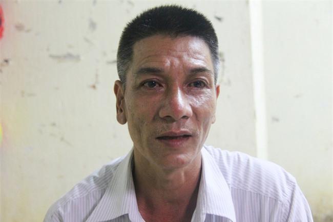 Vụ người cha bán hết đồ đạc để tìm hai con mất tích: Hai bé theo cha mẹ nuôi mới quen về nhà trọ - Ảnh 2.