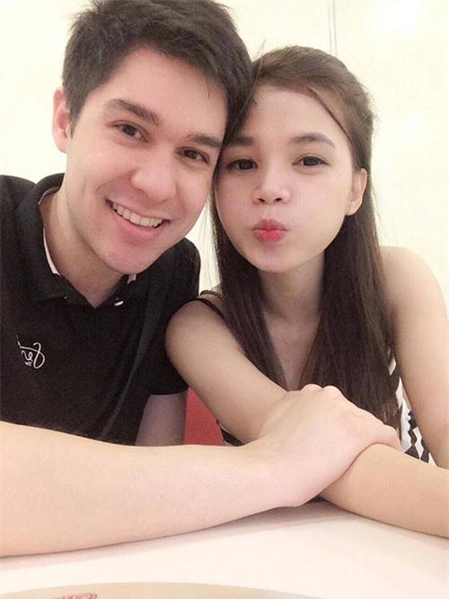 Những cô dâu Việt tốt số khi vừa lấy được chồng Tây đẹp trai vừa được chiều chuộng hết cỡ - Ảnh 4.