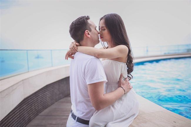 Những cô dâu Việt tốt số khi vừa lấy được chồng Tây đẹp trai vừa được chiều chuộng hết cỡ - Ảnh 8.
