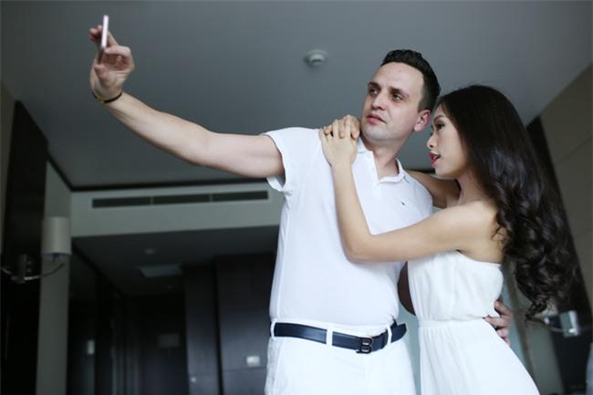 Những cô dâu Việt tốt số khi vừa lấy được chồng Tây đẹp trai vừa được chiều chuộng hết cỡ - Ảnh 9.
