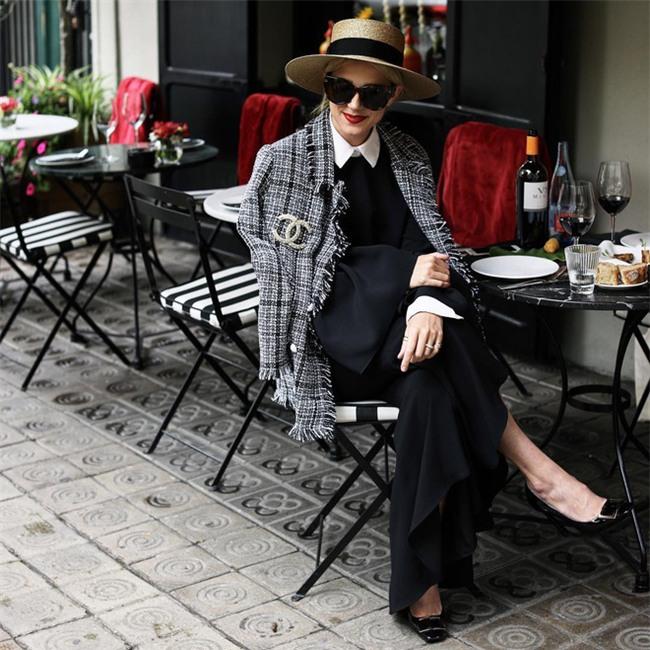 10 thiết kế chứng minh sự trường tồn theo năm tháng của biểu tượng thời trang Coco Chanel - Ảnh 33.
