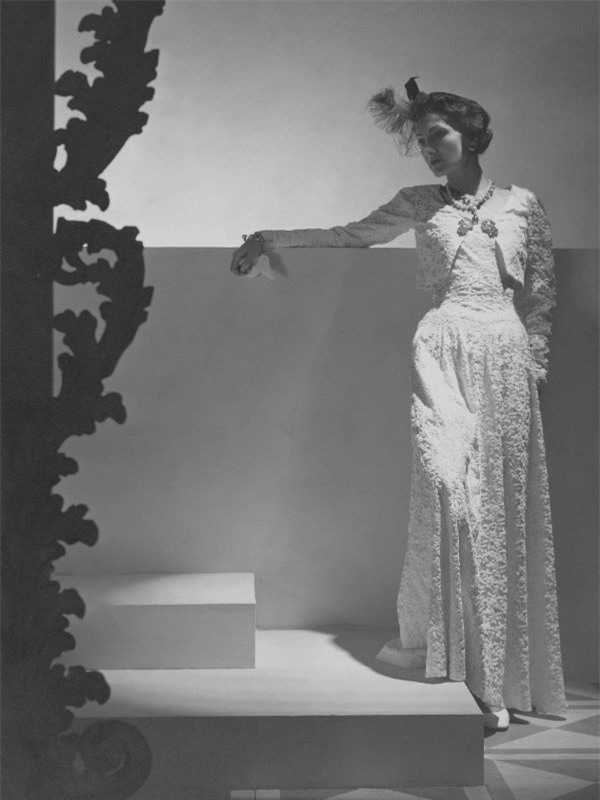 10 thiết kế chứng minh sự trường tồn theo năm tháng của biểu tượng thời trang Coco Chanel - Ảnh 4.