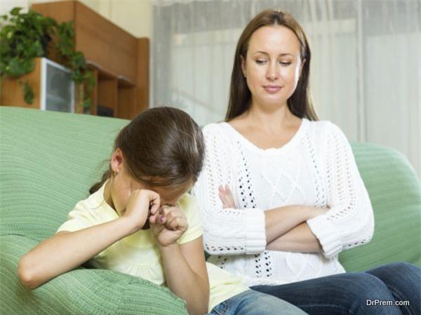 Đừng nói với con 6 điều sau đây khi trẻ đang tức giận - Ảnh 2.