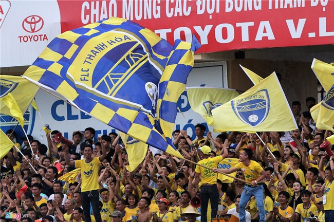 Cong Phuong dan toan doi xin loi khan gia sau tran thua Thanh Hoa hinh anh 11
